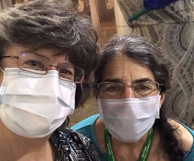 With Leslie Zuck in face mask Nov Delhi